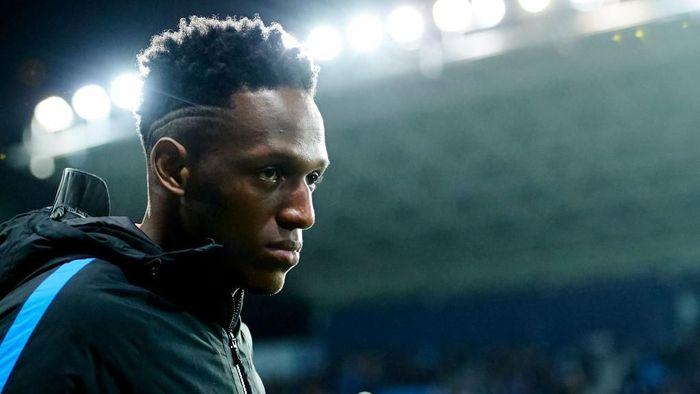 Yerry Mina menegaskan ingin lebih sering bermain di Barcelona. (Foto: Aitor Alcalde/Getty Images)