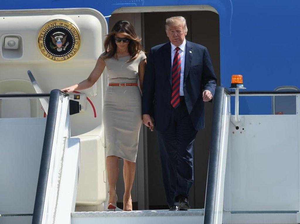 Ups! Air Force One Donald Trump Nyaris Ditabrak Drone