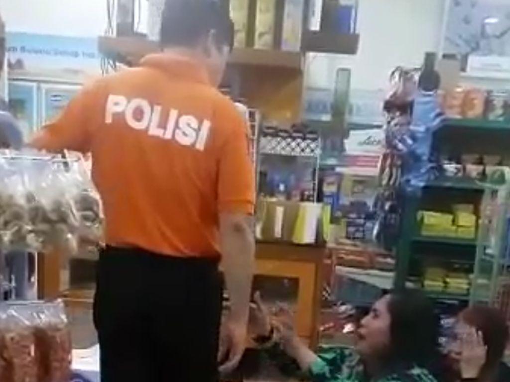 Ibu-Anak yang Dihajar AKBP Yusuf Curi Susu hingga Mi Instan