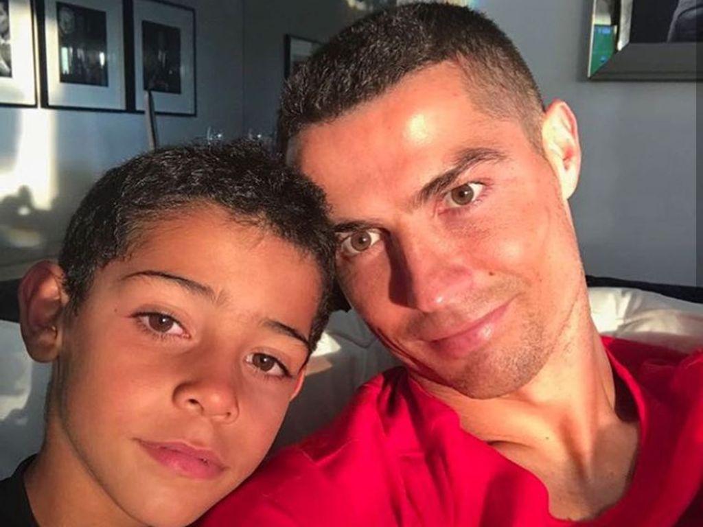 Like Father Like Son, Sisi Kemiripan Ronaldo dan Putra Sulungnya