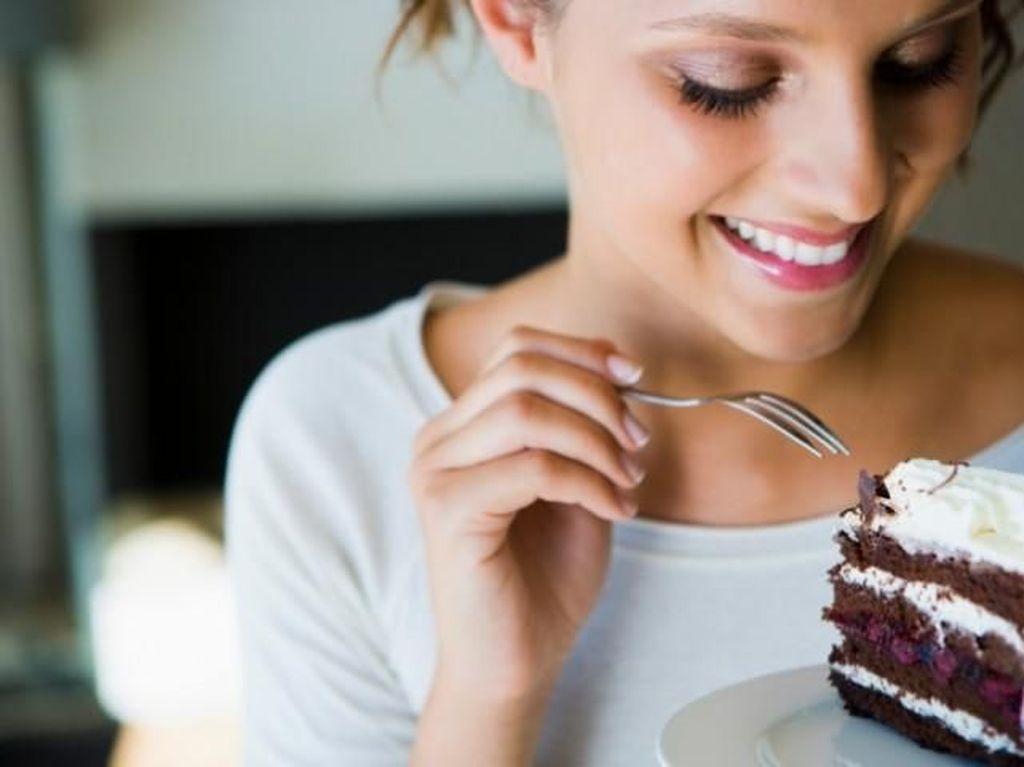 Ini 7 Efek Samping Konsumsi Gula Berlebih pada Kesehatan