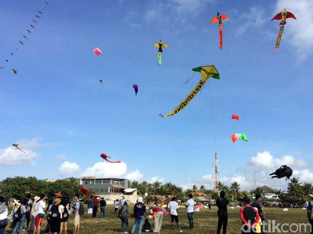 DPRD Pontianak Desak Satpol PP Tangkap Warga yang Main Layangan