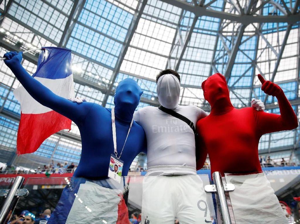 Video: Griezmann, Mbappe dan Kante Diburu di Paris