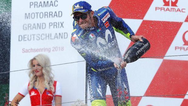 Valentino Rossi kerap berseteru dengan Marc Marquez di MotoGP. (