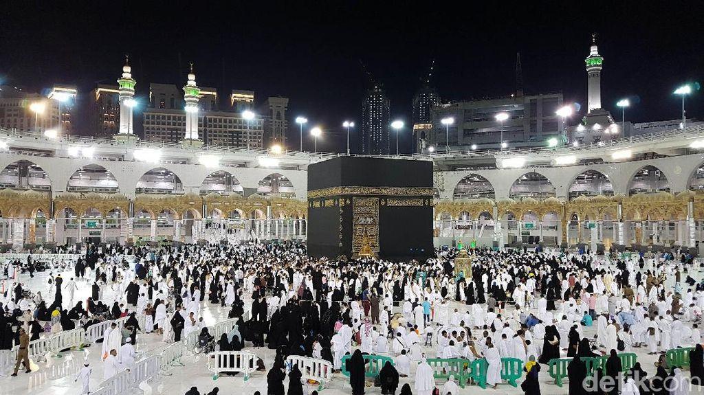 Suasana Masjidil Haram Sebelum Jemaah ke Tanah Suci