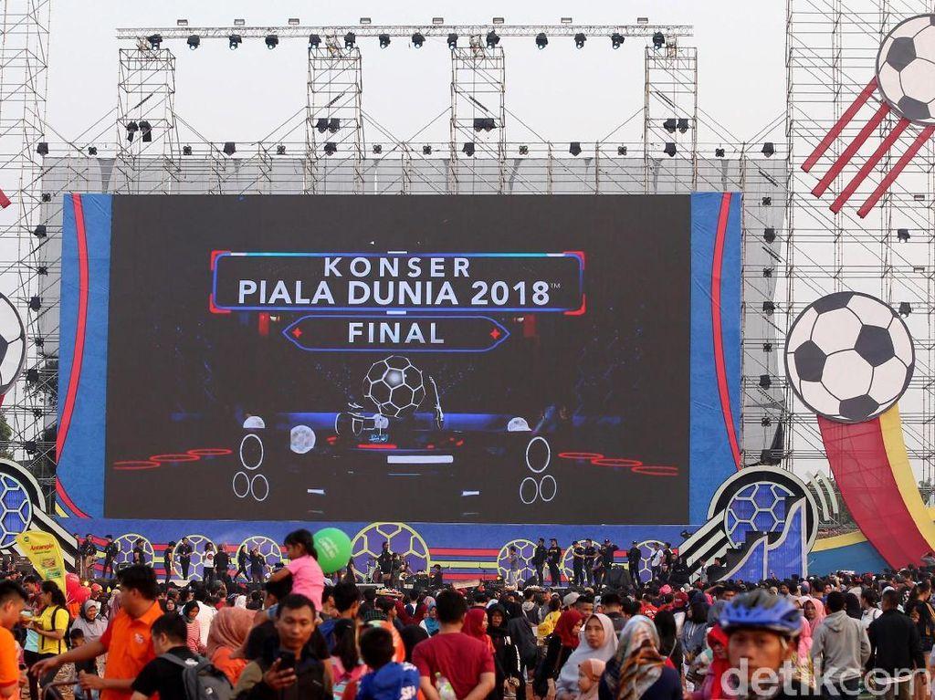 Meriahnya Lapangan Sunburst BSD Jelang Nobar Final Piala Dunia 2018