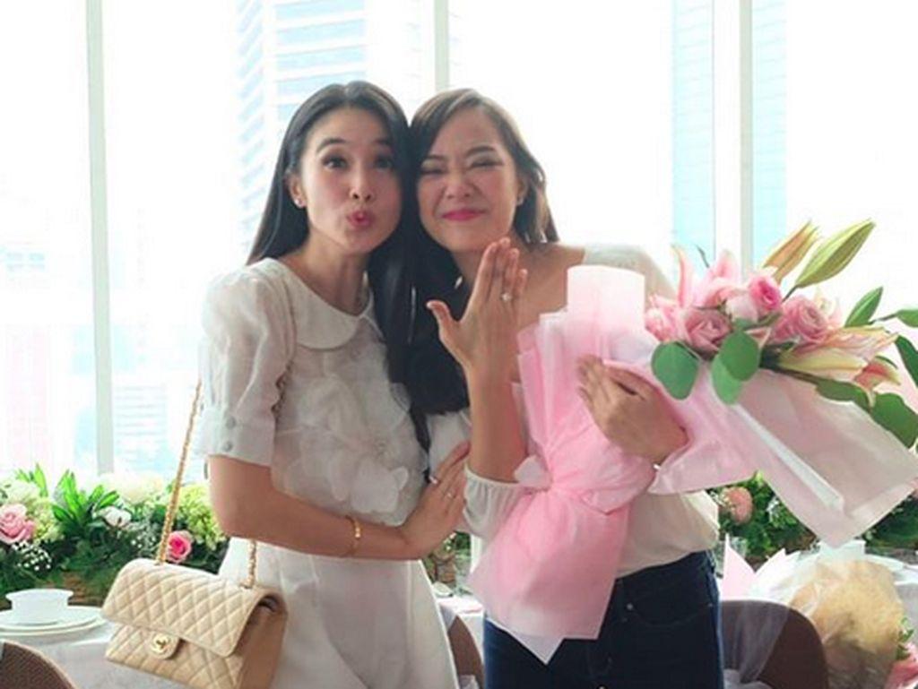 Bukan Andrew atau Adik Sandra Dewi, Siapa Calon Suami Yuanita?