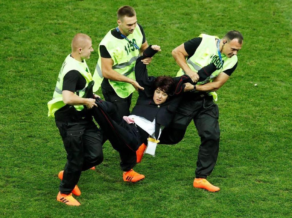Final Piala Dunia 2018 Direcoki Penyusup