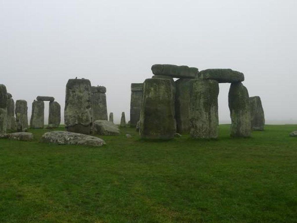 Stonehenge Aslinya Dibuat di Wales, Terus Dibawa ke Inggris?