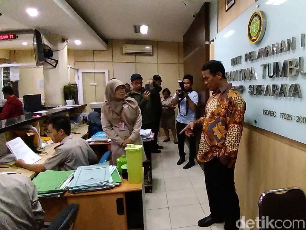 Sidak Karantina Surabaya: Mentan Amran Copot 1 Pejabat, Skors 4 Staf