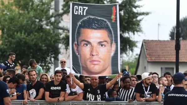 Euforia Transfer Ronaldo dan Potensi Konsekuensi Negatif untuk Juve