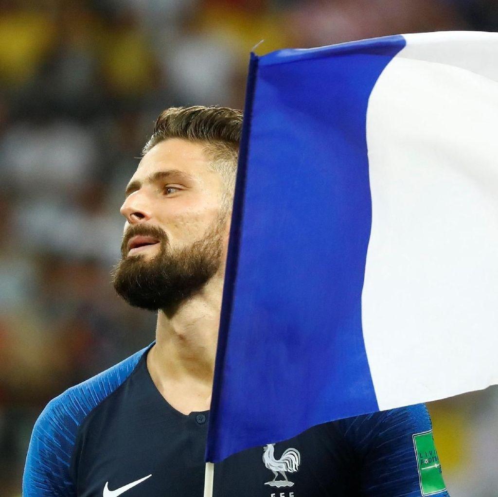 Giroud Bangga Bisa Menyumpal Mulut Para Pengkritik dengan Medali Juara Dunia