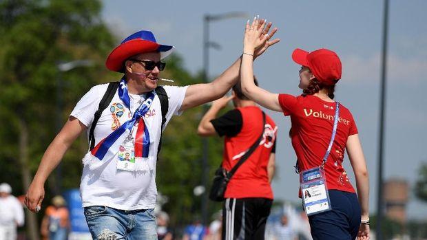 Apa Jadinya Piala Dunia Tanpa Para Volunteer?