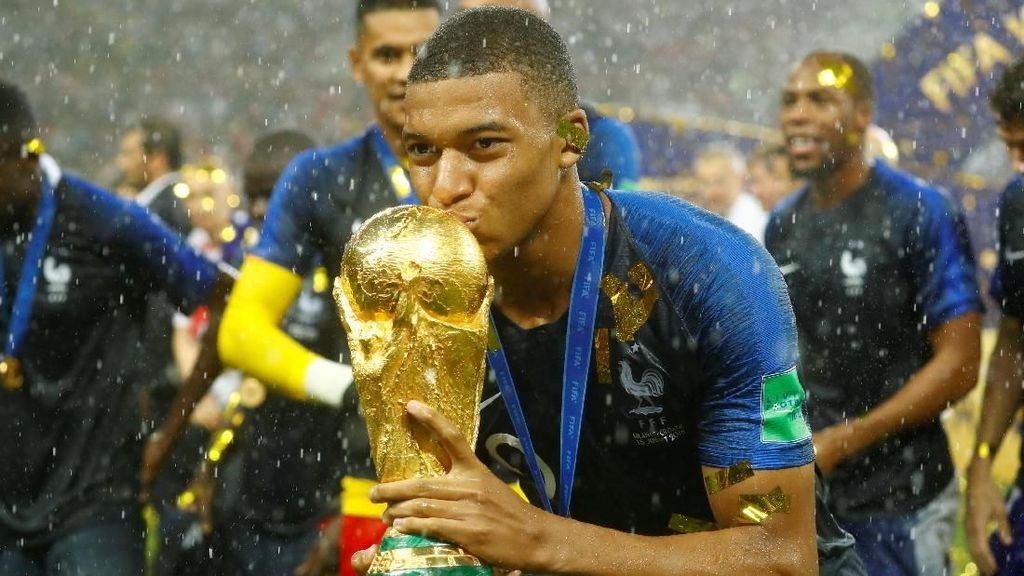 Messi dan Ronaldo Silakan Menepi, Sekarang Eranya Mbappe