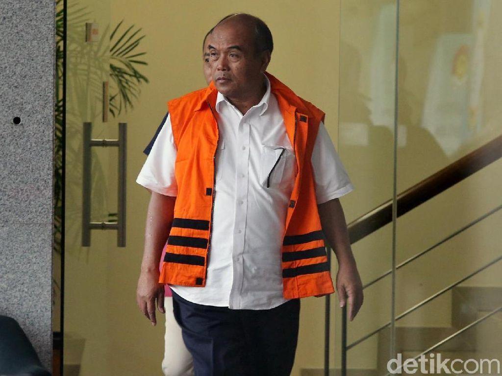 Eks Dirut Jasindo Didakwa Korupsi Rp 3 Miliar dan US$ 662 Ribu
