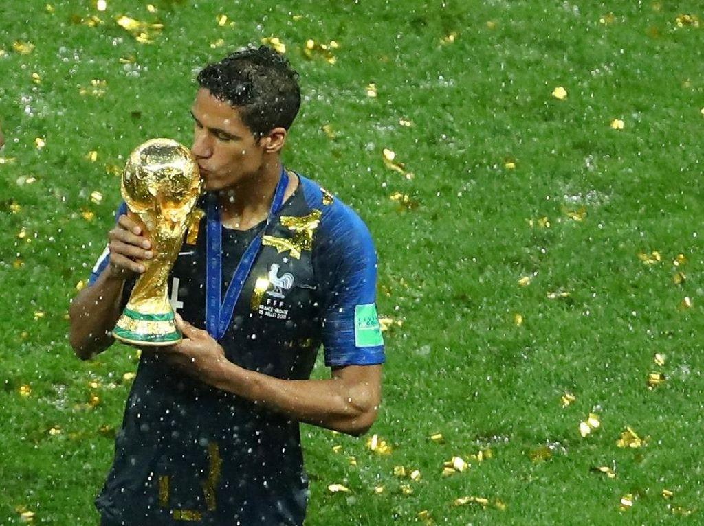Varane Soal Pemain Prancis Tak Masuk Nominasi Pemain Terbaik dunia