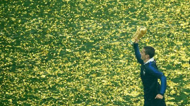 Griezmann ketika merayakan keberhasilan jadi juara Piala Dunia 2018.
