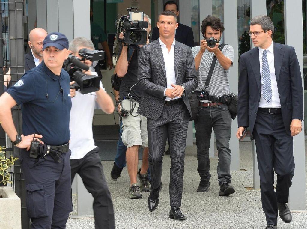 Jual Cristiano Ronaldo Jadi Kesalahan Bersejarah Real Madrid?