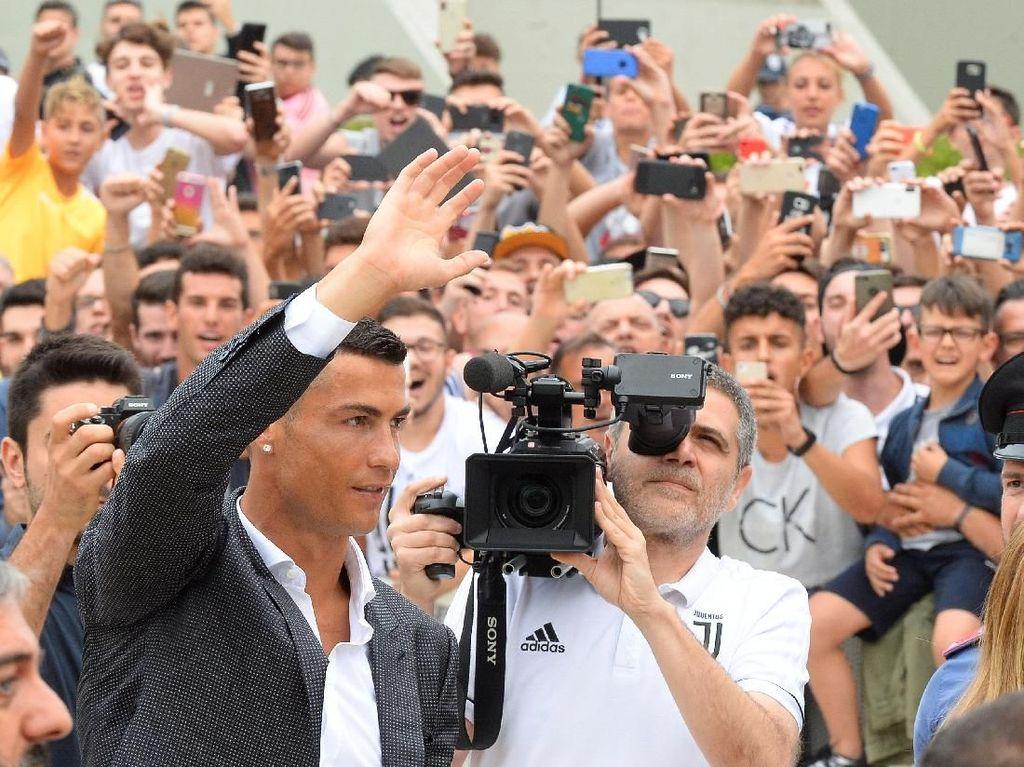 Harga 100 Juta Euro untuk Ronaldo Dianggap Murah
