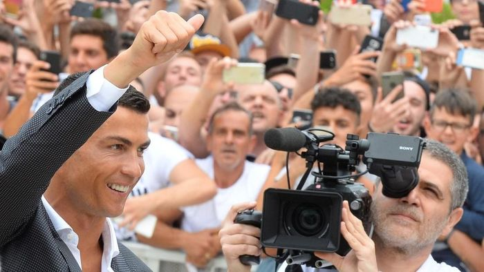 Kepindahan Cristiano Ronaldo ke Juventus dinilai akan membuat banyak pemain tertarik ikutan pindah ke Italia. (Foto: Massimo Pinca/Reuters)