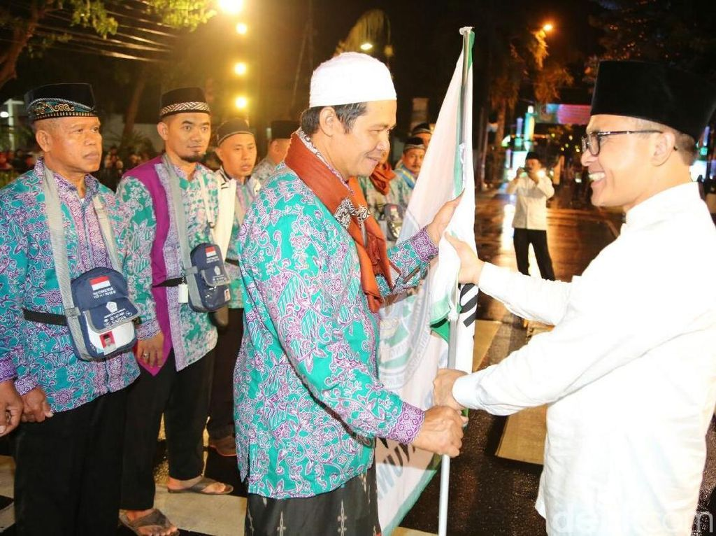 Lepas 1.080 Calon Jemaah Haji, Ini Pesan Bupati Banyuwangi