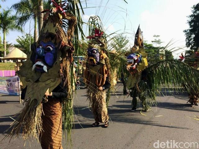 Meriahnya Galuh Etnic Carnival di Ciamis