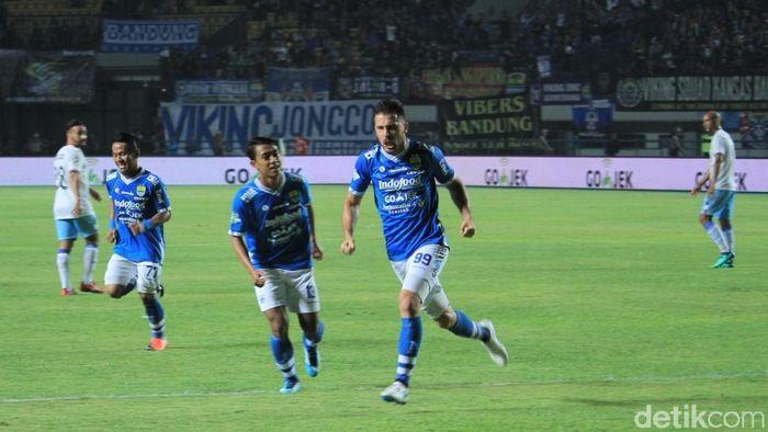 Persib Bandung akan menghadapi Arema FC (Wisma Putra/detikcom)