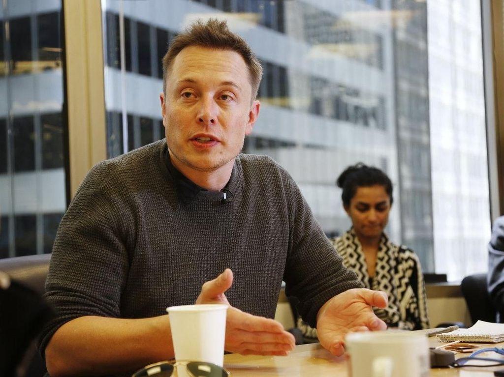 Gaya Flamboyan Miliarder Elon Musk Ketika Makan Bersama Kim Kadarshian