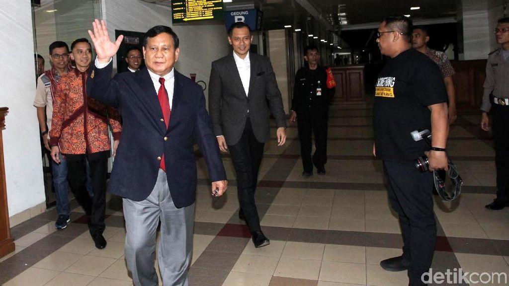 Prabowo Jenguk SBY di RSPAD