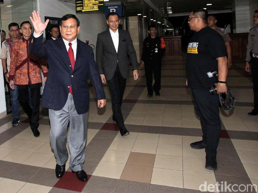 Gerakan Lincah Prabowo Bertemu 4 Tokoh dalam 3 Hari