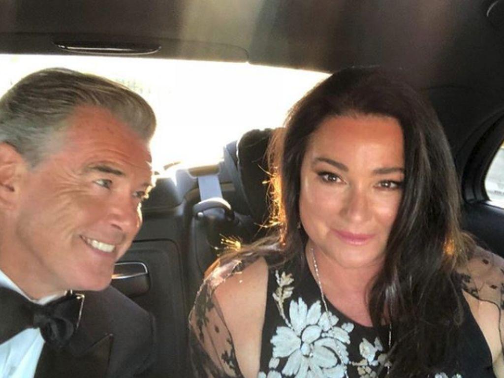Potret Romantis Eks Pemeran James Bond Pierce Brosnan dan Keely