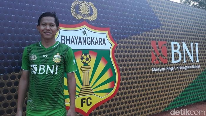 Adam Alis di Bhayangkara FC