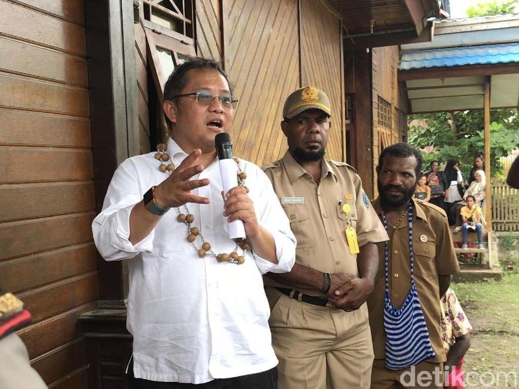 Video Menkominfo Blusukan ke Puncak Jaya