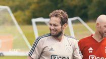 Daley Blind Roboh Mendadak di Tengah Laga Uji Coba Ajax