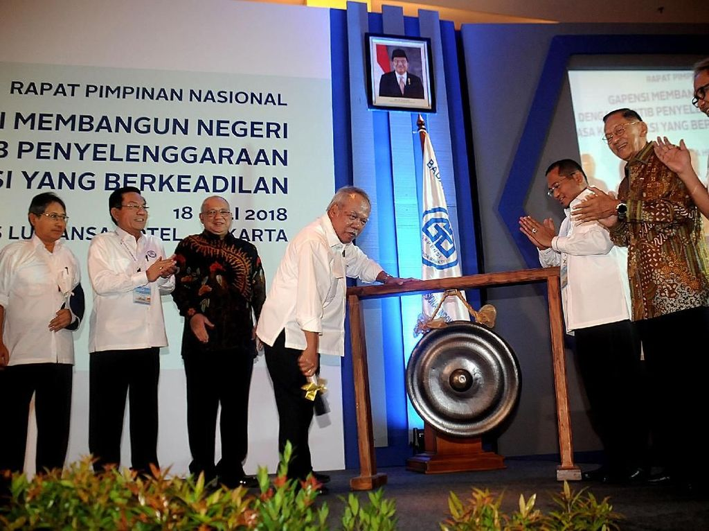 Menteri Basuki Buka Rapimnas Gapensi