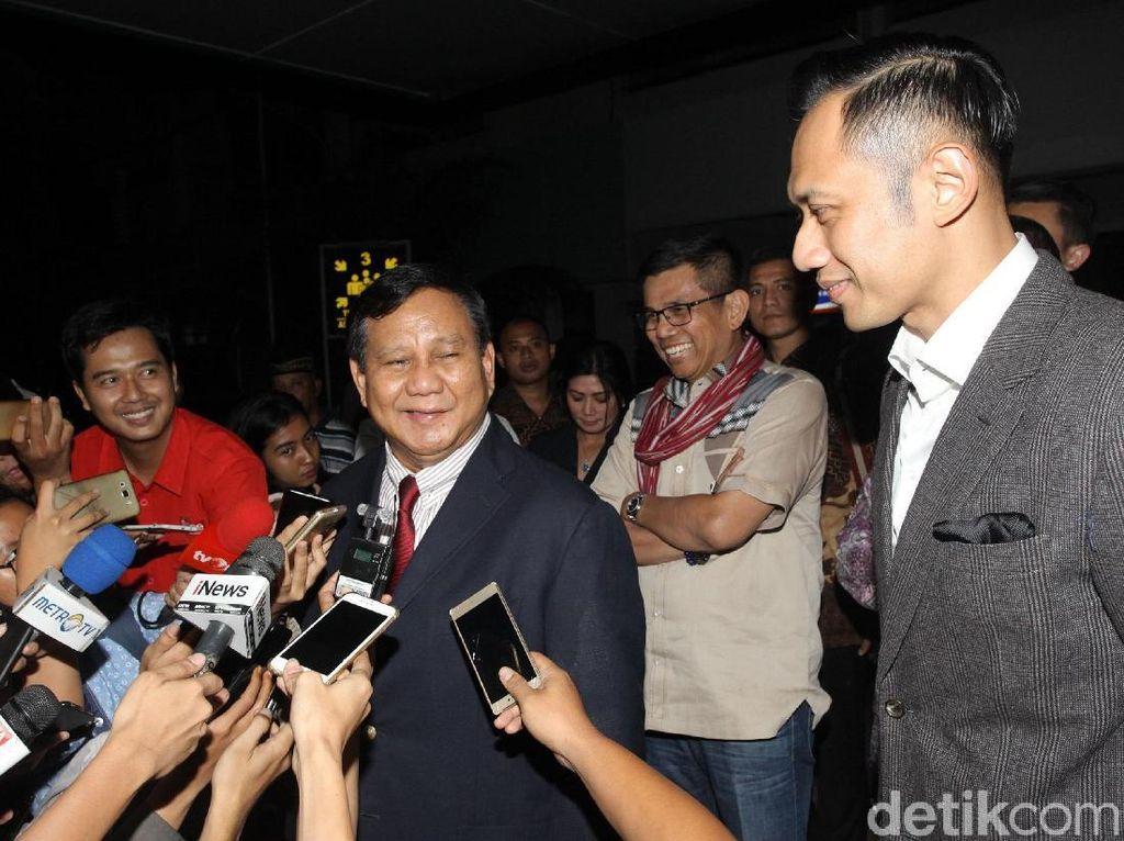 Saat Prabowo Minta Penilaian Apakah Serasi dengan AHY
