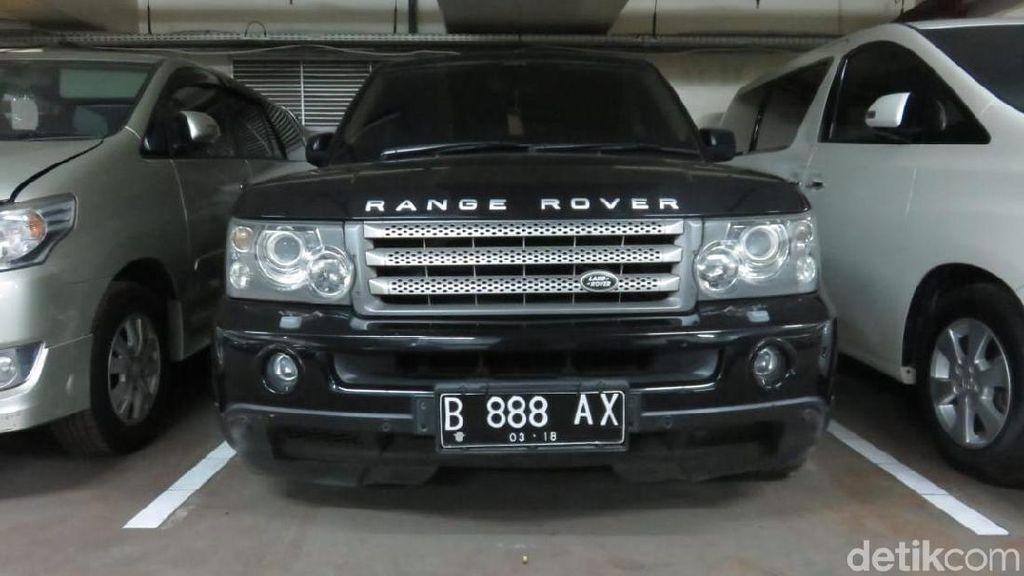 Garasi Mobil dan Motor Koruptor