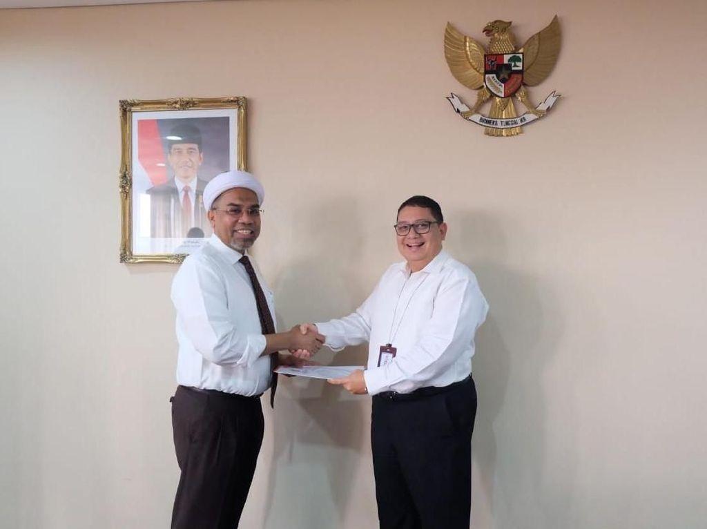 Ngabalin Jadi Komisaris AP I, Fadli Zon: Itu Hadiah Bela Jokowi