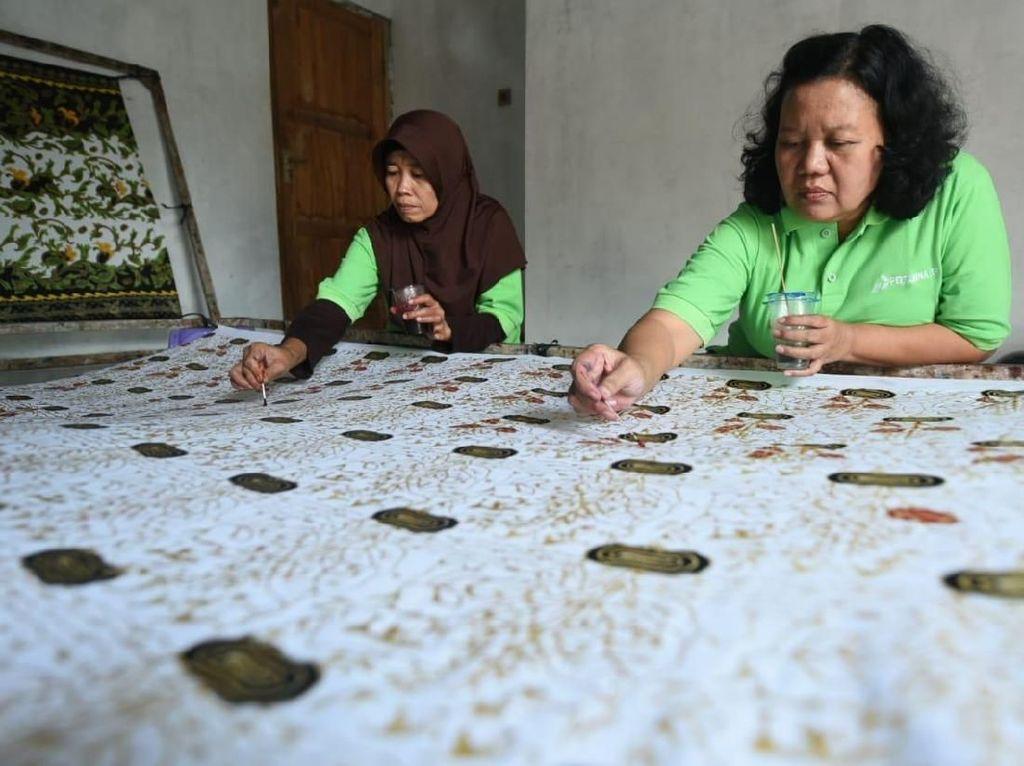 Lewat Membatik, Cara Pertamina Bantu Ekonomi Warga Cepu
