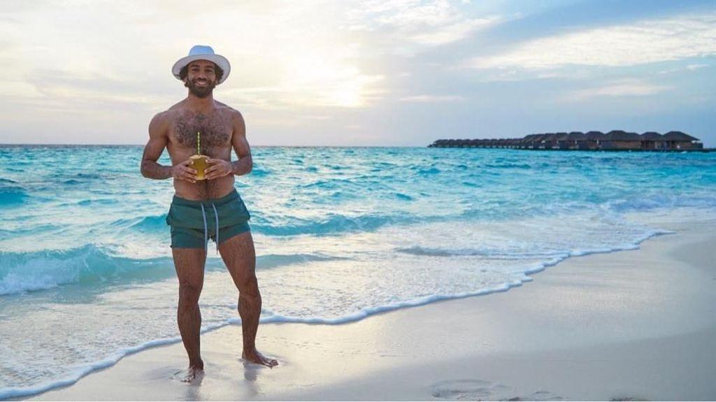 Saat Mohamed Salah Berpose di Pantai yang Cantik
