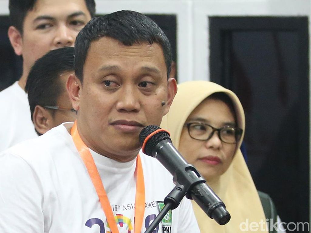 Fadli Zon Sindir Negara Amburadul, Tim Jokowi: Biarkan Nyinyir