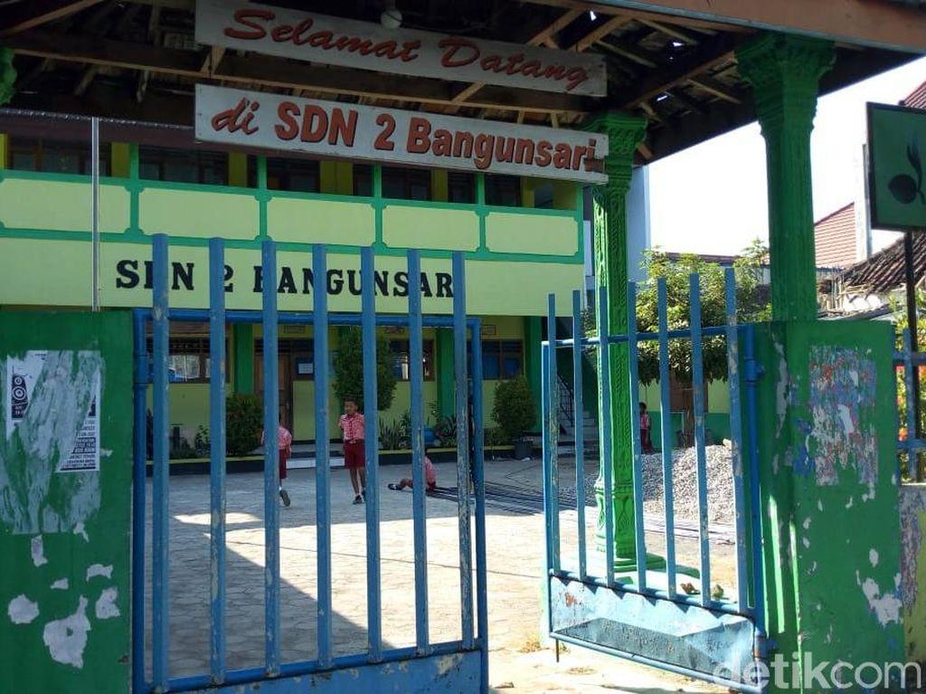 Sekolah Resmi Ditutup, Puluhan Siswa di Ponorogo Terpaksa Pindah