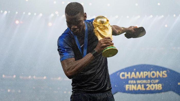 Paul Pogba mengantar Prancis menjuarai Piala Dunia 2018. (Foto: Matthias Hangst/Getty Images)