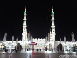 Adab Masuk Masjid Nabawi dan Ziarah ke Makam Rasulullah