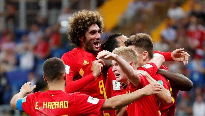 Berpelukan menjadi selebrasi terpopuler di Piala Dunia dalam merayakan gol (Foto: Toru Hanai/Reuters)