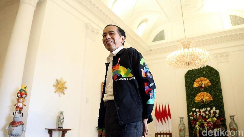 Gaya Jokowi dan Para Menteri Pakai Jaket Asian Games 2018 yang Viral