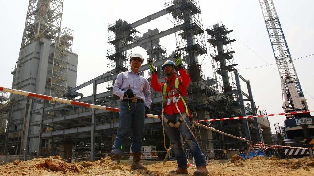 Pembangunan Pabrik Petrokimia di Cilegon