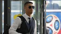 Wow, Ronaldo Tinggalkan Tip Rp 337 Juta untuk Hotel di Yunani