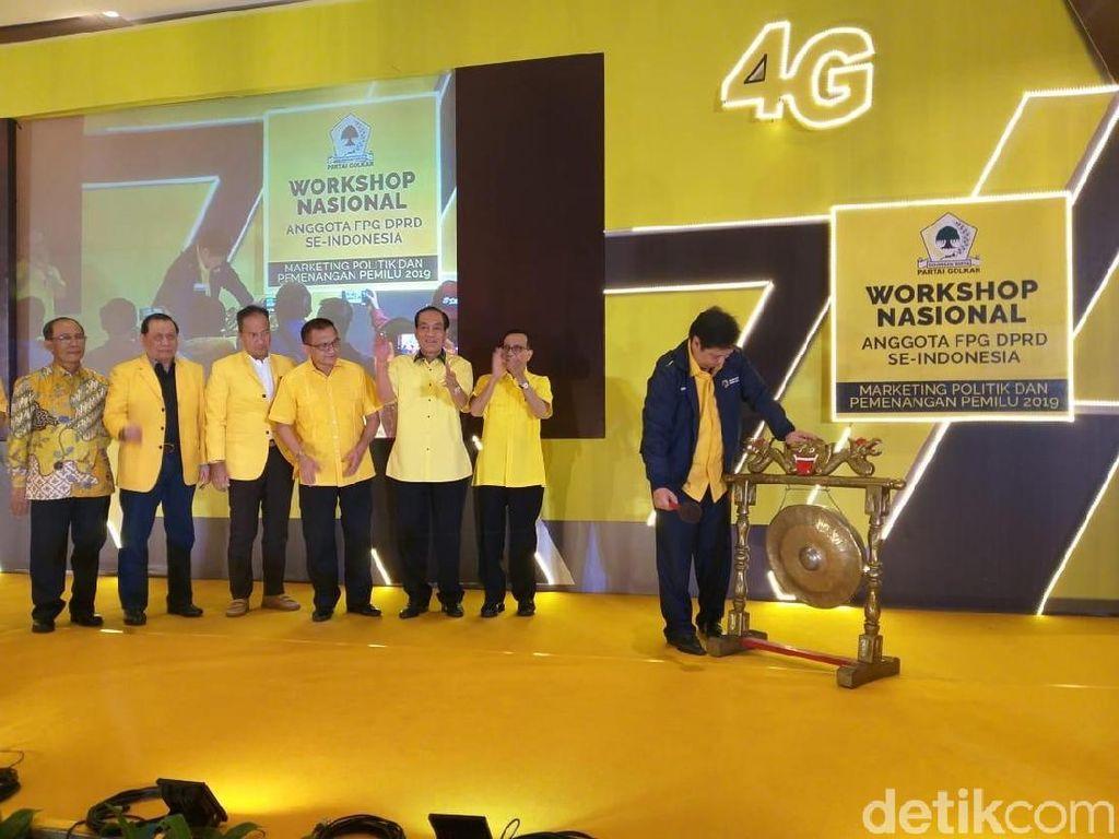 Airlangga Tegaskan Dukung Jokowi di Hadapan Anggota DPRD Golkar