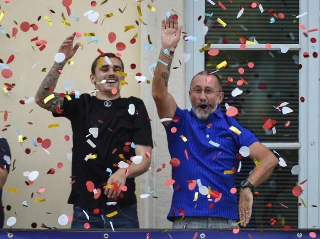 Pesta Juara Dunia Griezmann di Kampung Halaman